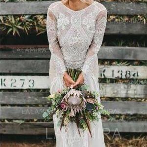 A-Line-Princess-Scoop-Sweep-Train-Wedding-Dress